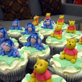 Winnie The Pooh Cupcake Set