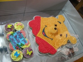 Winnie The Pooh buttercream cupcakes