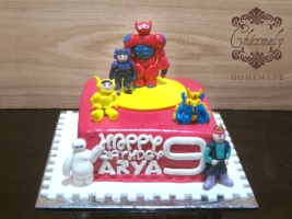 Big Hero 6 character birthday cake