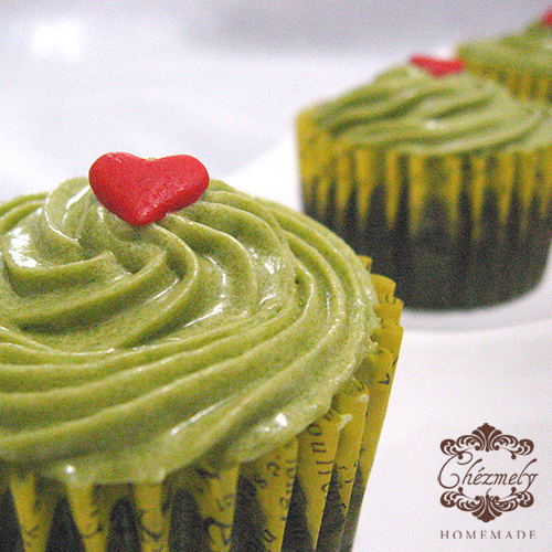 Green tea on Chocolate cupcakes