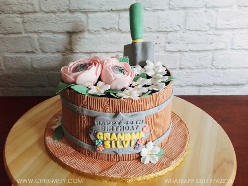 Flower Bucket Cake