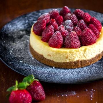 New York Cheesecake with Strawberry